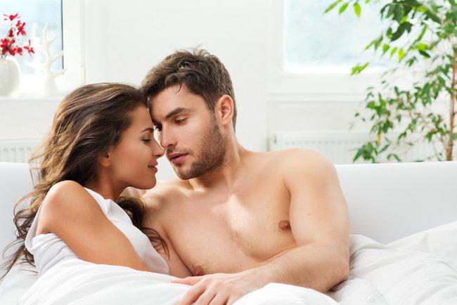 """Чому жінкам подобаються """"погані хлопці"""" і як це змінити"""