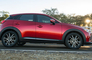 "<p style=""text-align: justify;"">Mazda CX-3. Фото:</p>"
