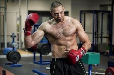 "<p style=""text-align: justify;""><span>Тайсон <span id=""result_box"" lang=""uk""><span class=""hps"">Ф'юрі</span></span>. Фото twitter.com/Tyson_Fury</span></p>"