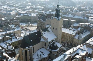 "<p style=""text-align: justify;"">Львів узимку. Фото: lviv.relax.com.ua</p>"