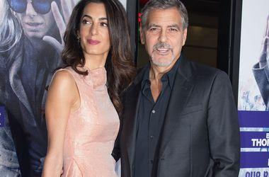 Дружина Джорджа Клуні свариться з актором через його дружбу з Сінді Кроуфорд
