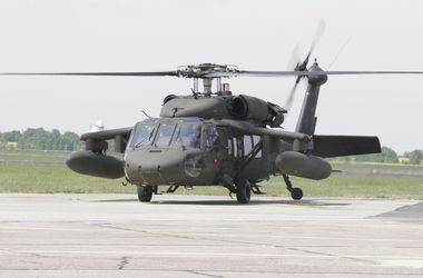 "<p style=""text-align: justify;"">Гелікоптер UH-60 Black Hawk. Фото: laodong.com.vn</p>"
