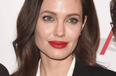 Анджеліна Джолі стане нареченою Франкенштейна