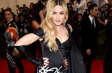 Мадонна перед судом вмовляє сина повернутися до неї