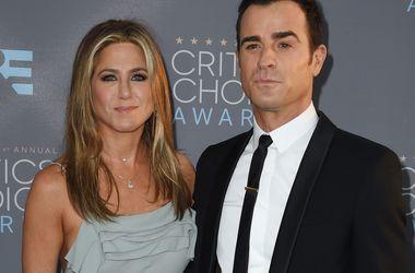 Дженніфер Еністон і Джастін Теру хочуть усиновити дитину