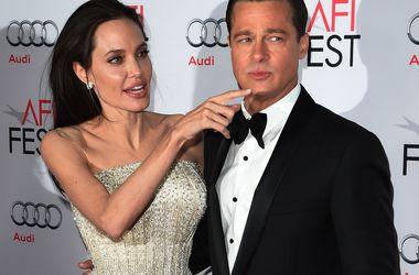 Бред Пітт і Анджеліна Джолі залишилися без даху над головою