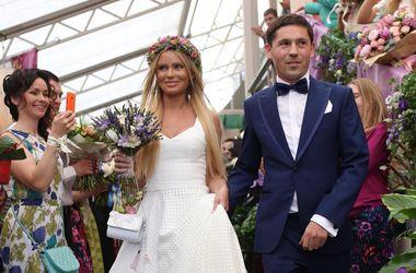 Дана Борисова розлучається з чоловіком через десять місяців після весілля