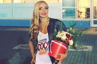 """Тетяну Навку розкритикували за """"халат"""" на червоній доріжці (фото)"""