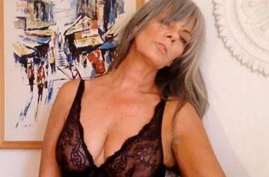 54-річна модель здивувала голим селфі (фото)