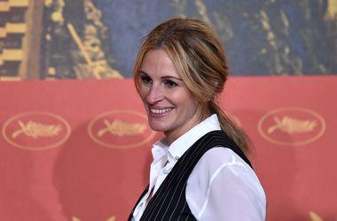 Джулія Робертс підтримала Бреда Пітта після розлучення