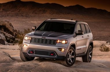 "<p style=""text-align: justify;"">Jeep Grand Cherokee. Фото: motor.atresmedia.com</p>"