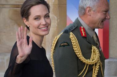 Анджеліна Джолі припинила піклуватися про своє здоров'я – ЗМІ
