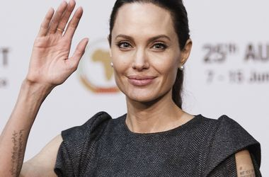 Здоров'я Джолі після початку розлучення сильно погіршилося – ЗМІ