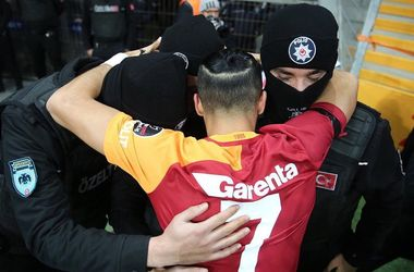 "<p style=""text-align: justify;"">Фото twitter.com/Galatasaray</p>"