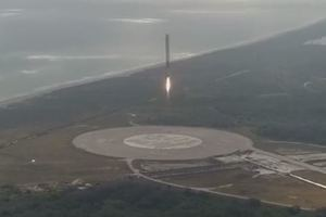 "<p style=""text-align: justify;"">Ракета Falcon 9 First Stage Landing. Фото: скріншот</p>"