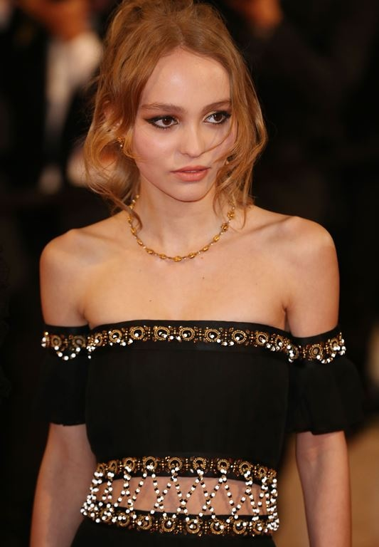 lily-rose_melody_depp2