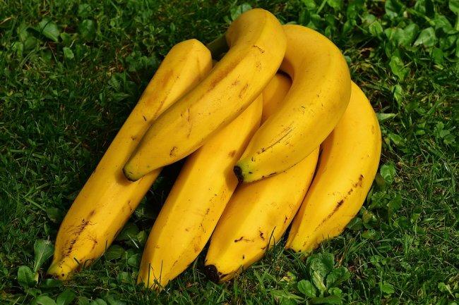 bananas-1642706_960_720