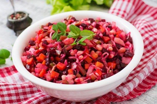 beet-salad-vinaigrette-in-a-white-bowl_2829-83