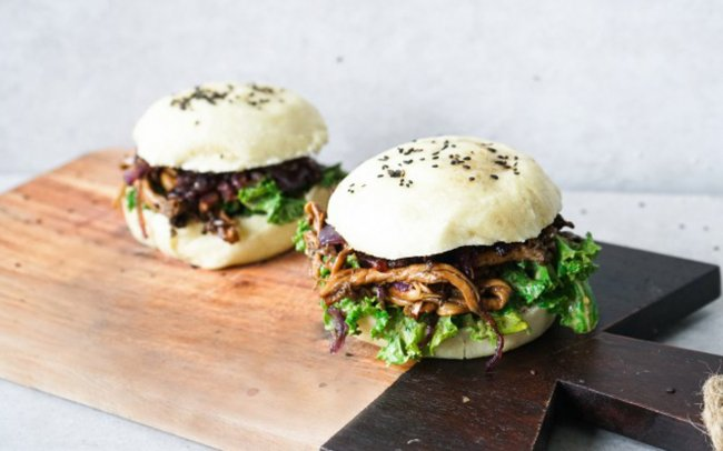 pulled-oyster-mushroom-bao-burger