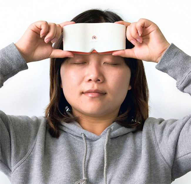 Фотоапарат. З гнучким тактильним дисплеєм придумали в Китаї
