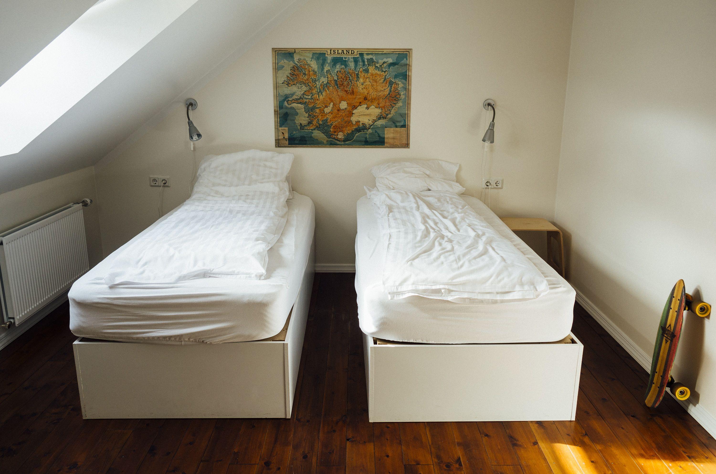 bedroom-413706
