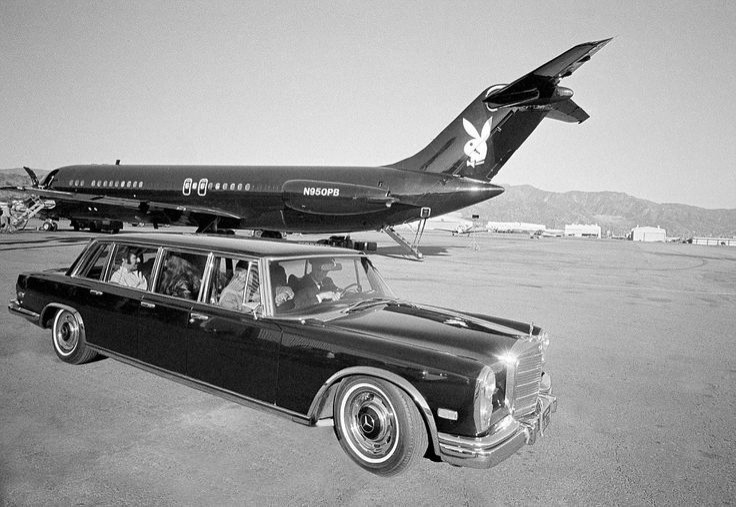 86f281c67a9196db411d5b19da0cd254--hugh-hefner-private-jets