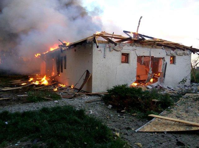 Бойовики обстріляли житлові райони Бердянського таШирокіно