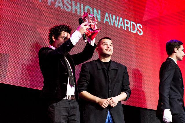 Дмитро Шуров вручив премію в номінації За кращу fashion-постановку. Переможцем став Іван Фролов.