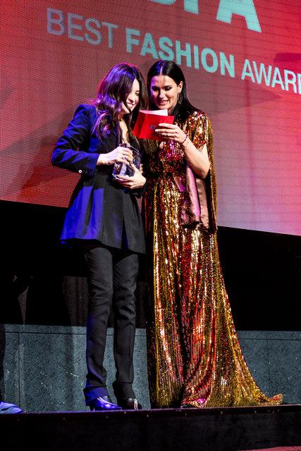 Переможець в номінації Кращий дизайнер жіночого одягу Олена Рева і Марія Єфросиніна