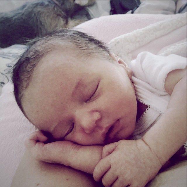 Фото дочери спящей 2 фотография