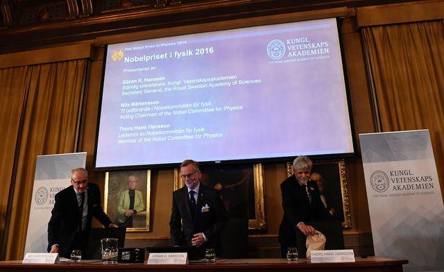 Нобелівську премію з фізики вручать затопологічні фазові переходи
