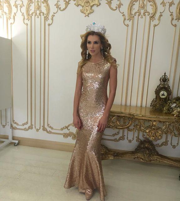 """Українка стала першою віце-міс на конкурсі """"Mrs Top of the World"""" в Індії (фото)"""