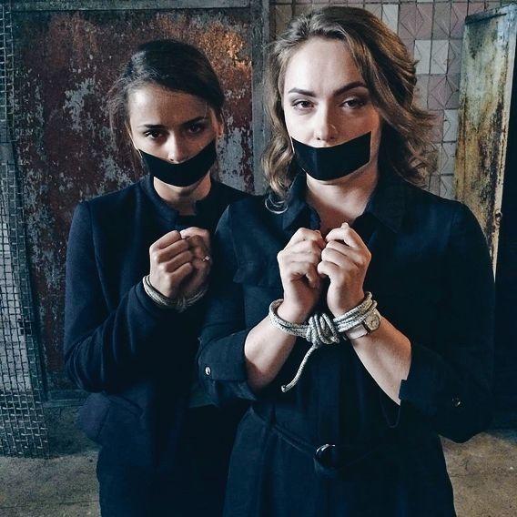 Ольга Сумська та Дмитро Суржиков злилися в поцілунку на зйомках (фото)